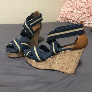 Merona Size 6 Navy and Khaki Wedge Cork Heels